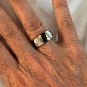 STERLING SILVER RING ONYX MOTHER OF PEARL